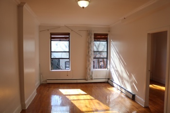 East Harlem One Bedroom Apartment Rental Close To 6 Train Stop With Laundry In Building!