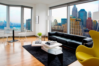 2 Bed Bath W Balcony In Prominent Fidi Gehry Building No Fee
